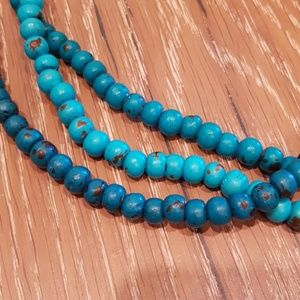 Jewelry - Faux Turquoise necklace (extra long)
